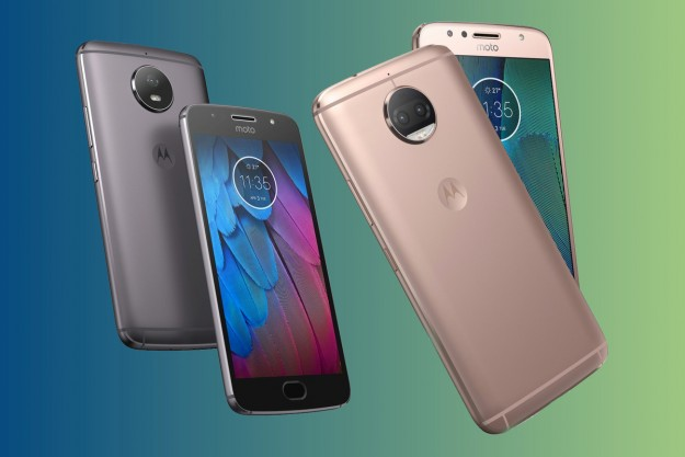 Motorola представила в Украине новые продукты: Moto Z2 Play, Moto G5S и Moto Mods