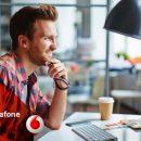 Виртуальный помощник рекрутера помогает пользователям Faceboook найти работу в Vodafone