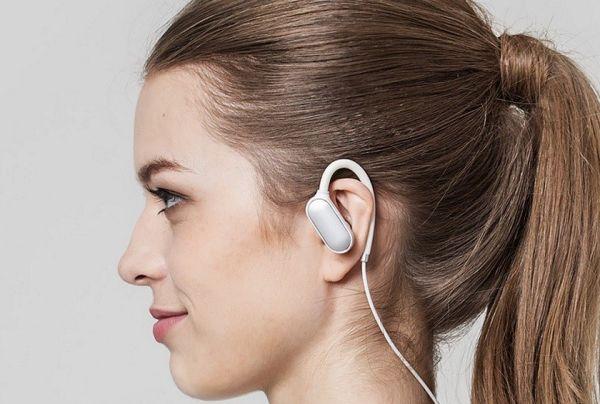 Новое поколение наушников Mi Sports Bluetooth Headset от Xiaomi представлено официально