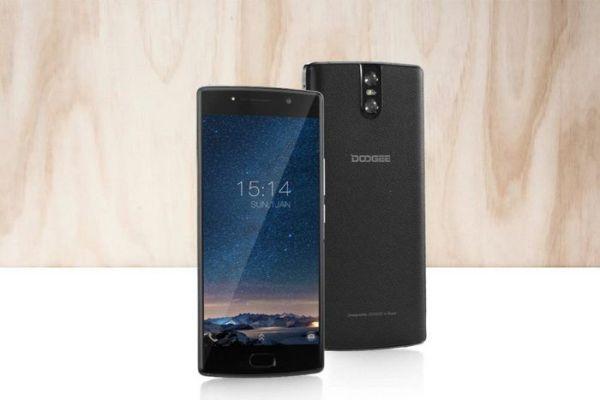 Смартфон Doogee BL7000 получил двойную фотокамеру от Samsung