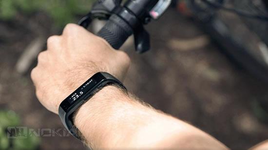 Microsoft признала проблему с браслетом Band 2