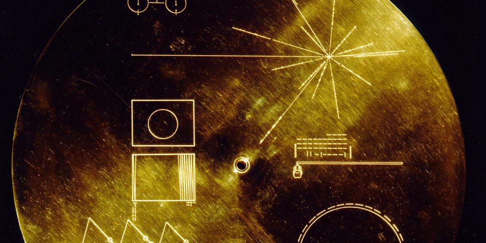 Ученый назвал межзвездные станции Voyager угрозой человечеству