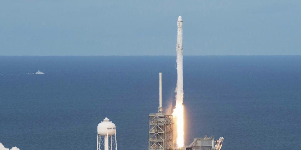 SpaceX отправит на МКС суперкомпьютер
