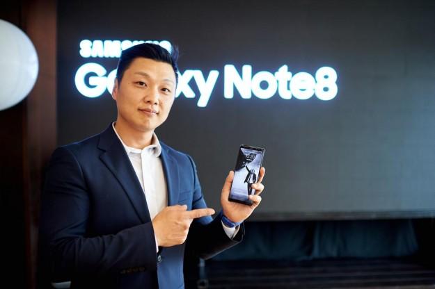 Samsung открывает Galaxy Studio в Украине и запускает в продажу Galaxy Note8