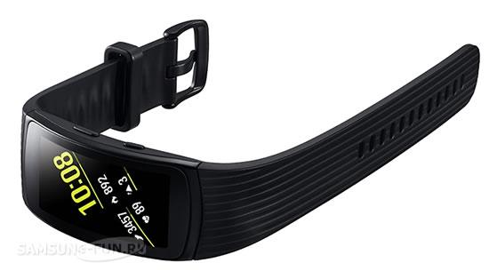 Фитнес-браслет Samsung Gear Fit2 Pro поступил в продажу в России