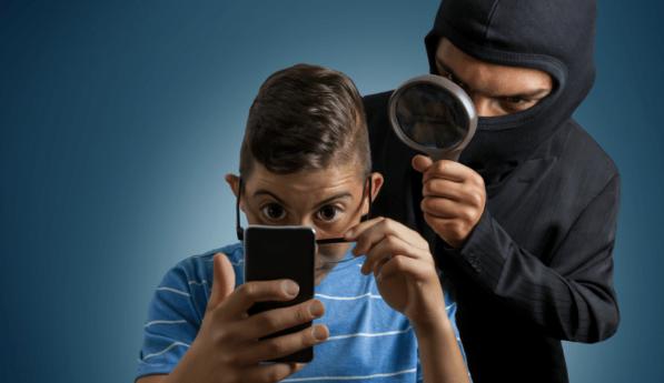 Популярный антивирус для Android тайно шпионил за пользователями