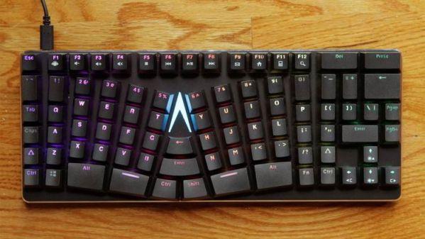 Клавиатура X-Bows защитит от туннельного синдрома