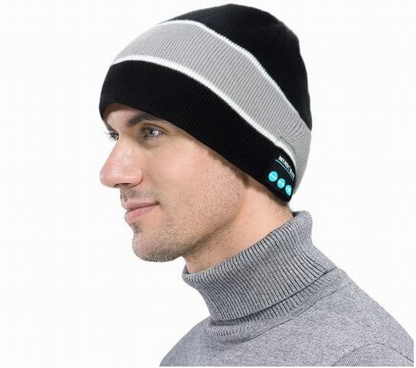 TomTop представляет зимние Bluetooth-шапки со встроенными динамиками
