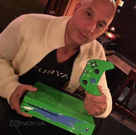 Брат Пола Уолкера продаст эксклюзивную Xbox One S в стиле машины из «Форсажа»