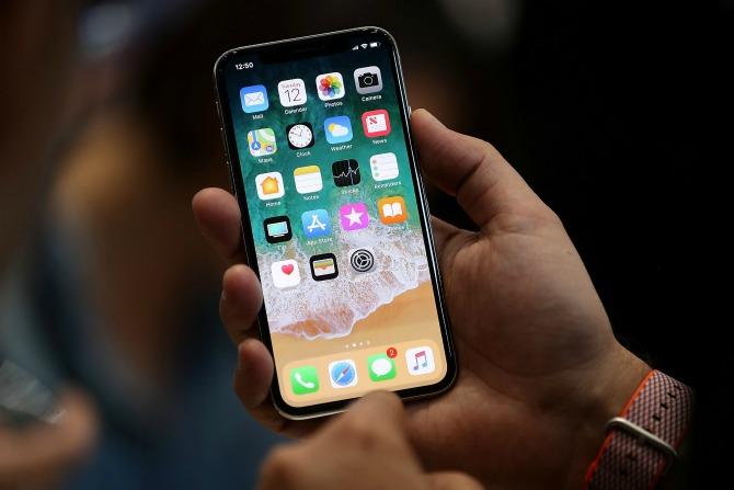 Apple нарушила все законы экономики