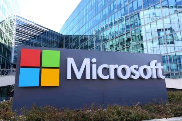 Стоимость Microsoft превысила 0 млрд впервые за 17 лет