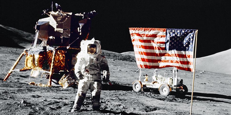 NASA официально нацелили на высадку людей на Луне