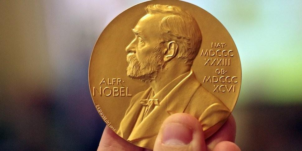 Нобелевскую премию по физиологии и медицине присудили за исследования клеточных часов