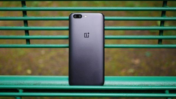 Смартфона OnePlus 5T не будет
