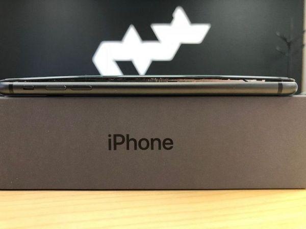 Смартфоны iPhone 8 Plus продолжают взрываться