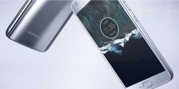 Трудности с производством Moto X4 на Android One