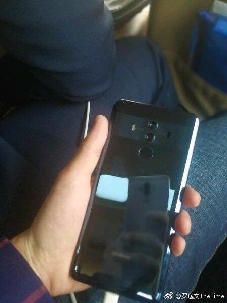 Huawei Mate 10 Pro показали на живых фото