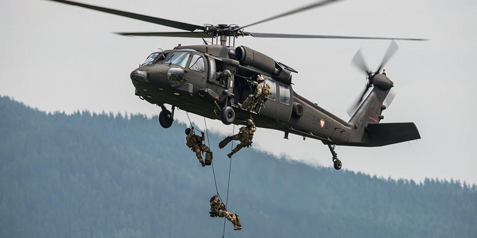 Любительский дрон столкнулся с военным вертолетом в Нью-Йорке