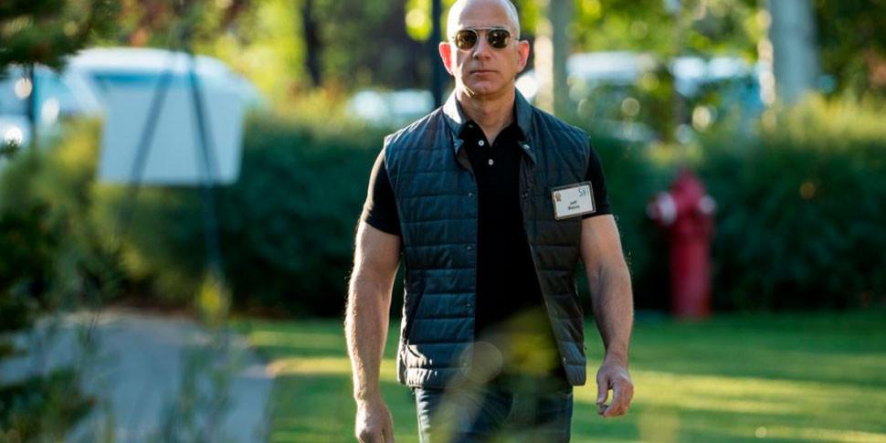 Состояние главы Amazon впервые превысило $100 миллиардов