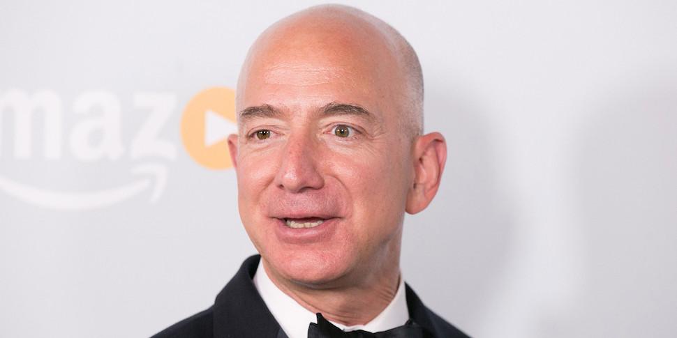 Глава Amazon победнел на $2,5 миллиарда