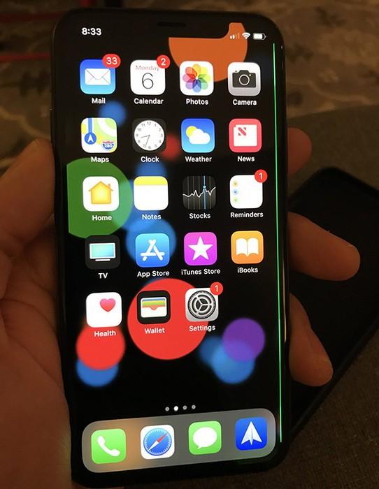 Десятки пользователей жалуются на брак дисплея iPhone X