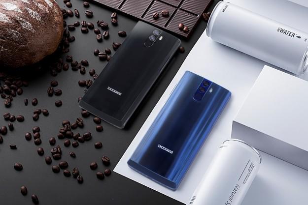 Новый смартфон DOOGEE получит батарею на 12000 мАч — самую большую в мире