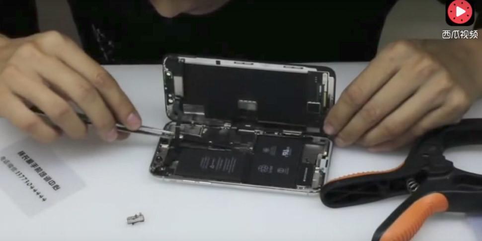 Китайцы разобрали iPhone X