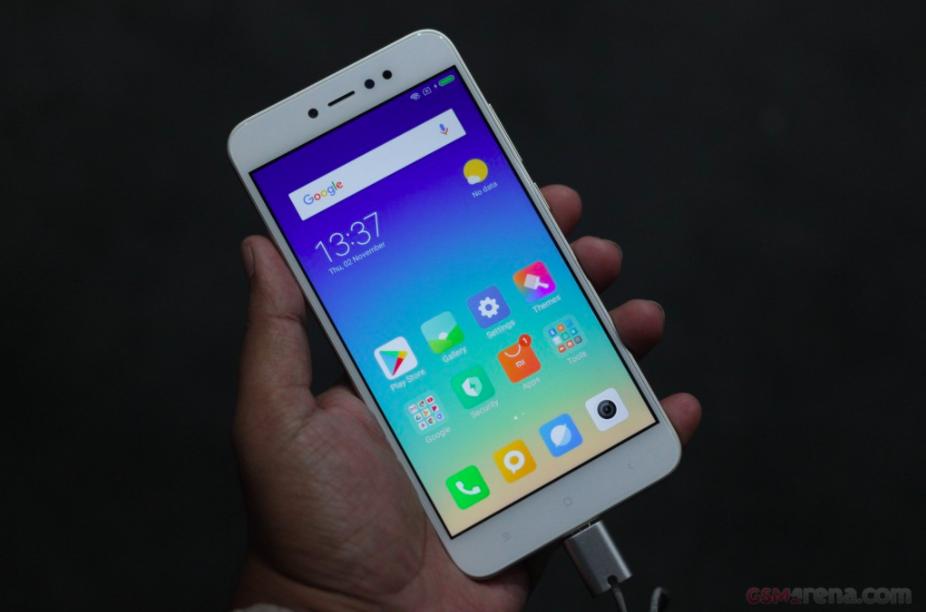 Xiaomi представила «старые новые» Redmi Y1 и Redmi Y1 Lite