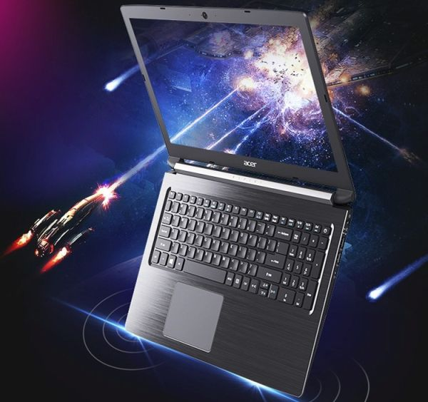 Мощный ноутбук Acer Aspire A615-51G раскрывается на 180 градусов