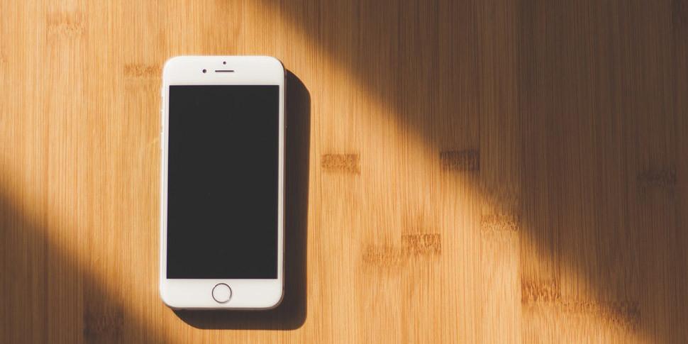 Ученые связали детскую депрессию и тягу к самоубийству с использованием смартфонов
