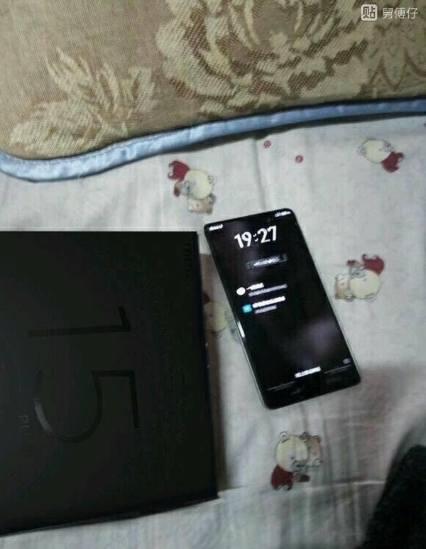 Meizu 15 Plus с mBack: рендеры, фото, характеристики, цена (фейк?)