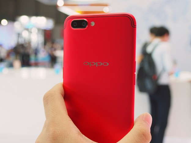 Oppo R11s Plus стоимостью 0 – 5 «За» и 5 «Против» на основе отзывов реальных покупателей