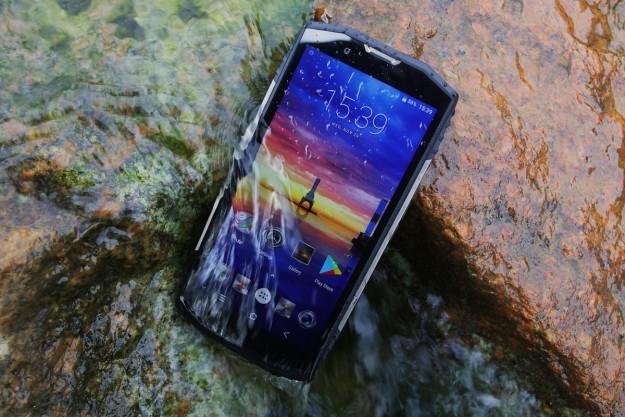 Blackview BV9000 Pro - идеальный водонепроницаемый и противоударный смартфон