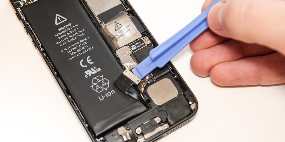Владельцы iPhone подали в суд на Apple за замедление старых смартфонов
