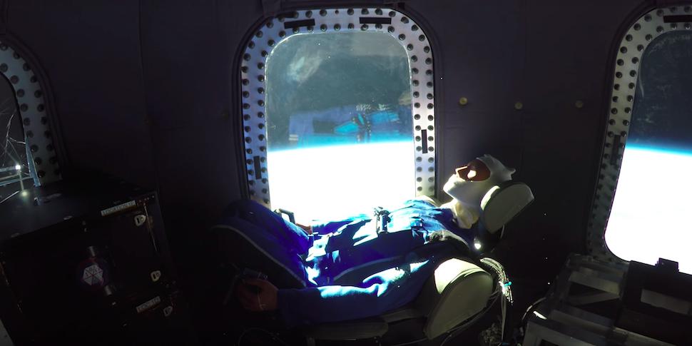 Blue Origin показала, каково быть космическим туристом