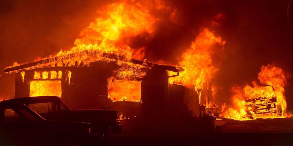 Навигаторы ведут жителей Лос-Анджелеса прямо к пожарам