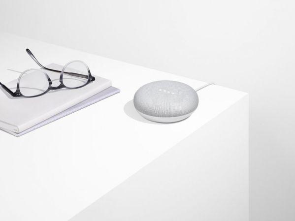 Колонка Google Home Mini стала перезагружаться
