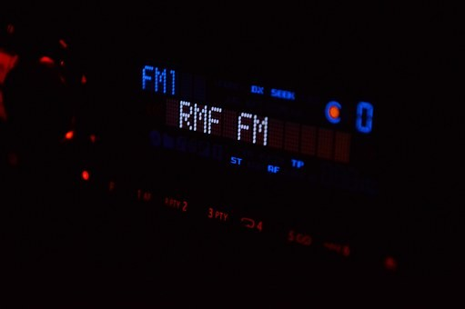Норвегия откажется от FM-радио раньше других стран
