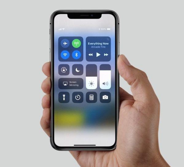Apple iPhone X провалил тест Роскачества