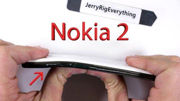 Бюджетный смартфон Nokia 2 выдержал испытания на прочность