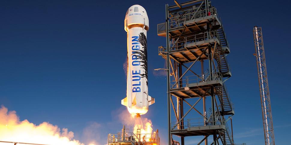 Компания Blue Origin провела новое испытание туристической ракеты